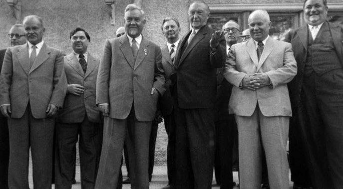 Булганин на встрече с Конрадом Аденауэром. Сентябрь 1955 г.