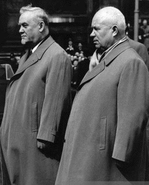 Булганин и Хрущев в Лондоне. 1956 г.