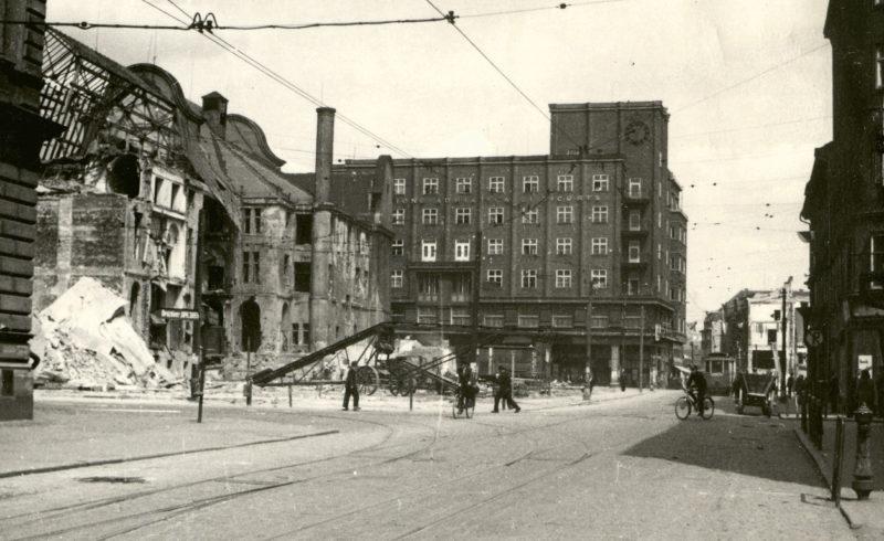 Руины города Усти-над-Лабем. Лето 1945 года.