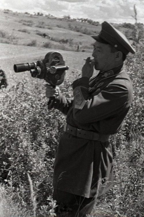 Монгольский кинооператор. 1939 г.