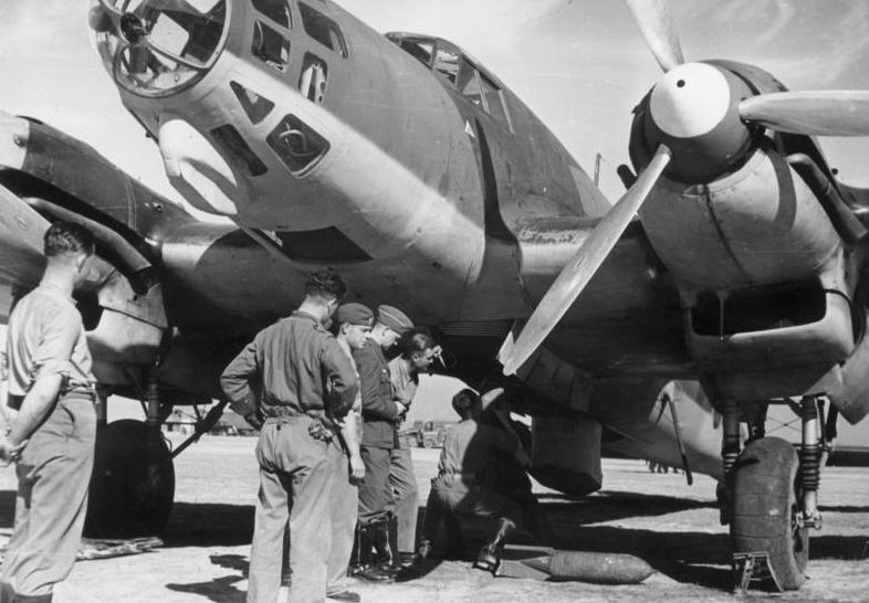 Бомбардировщик «He-111E» Легиона «Кондор».