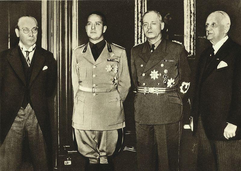 Члены Венского арбитража: Франтишек Хвалковский, Галеаццо Чиано, Иоахим фон Риббентроп, Кальман Канья. 1938 г.