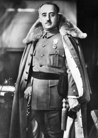 Генерал Франсиско Франко – будущий диктор Испании.