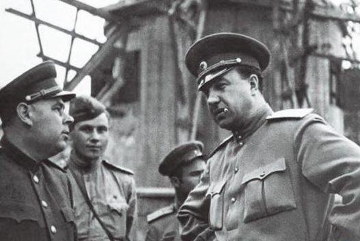 Абакумов - начальник ГУКР СМЕРШ на фронте. 1945 г.