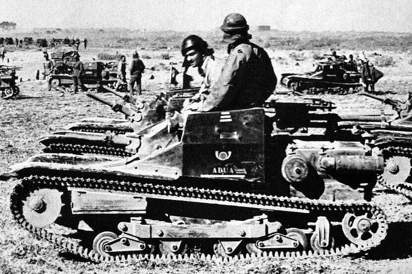 Итальянские танкетки в Эфиопии 1935 г.