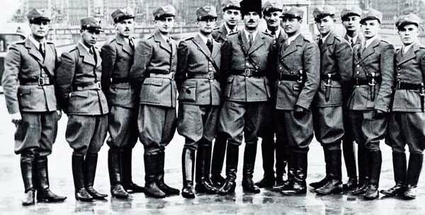 Офицеры «Карпатской Сечи». 1939 г.