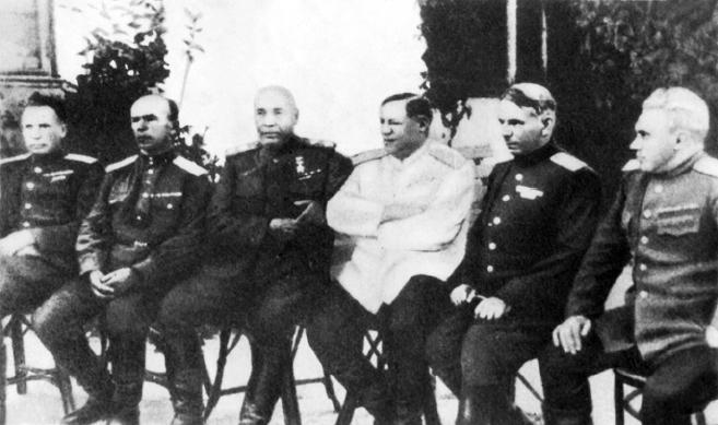 Командный состав 3-го Украинского фронта. 1944 г.