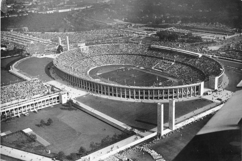 Олимпийский стадион в Берлине.
