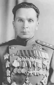 Батов Павел Иванович (01.05.1897—19.04.1985)