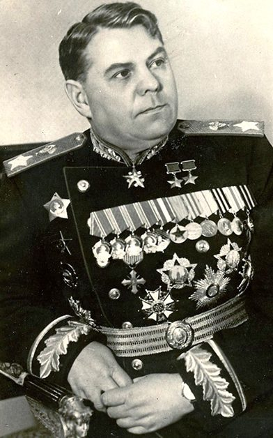 Василевский Александр Михайлович (17.09.1895—20.11.1977)