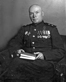 Генерал-лейтенант Лелюшенко 1943 г.