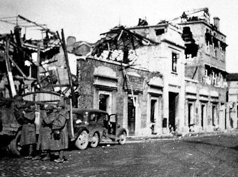 Улицы разрушенного и сожженного Нанкина.