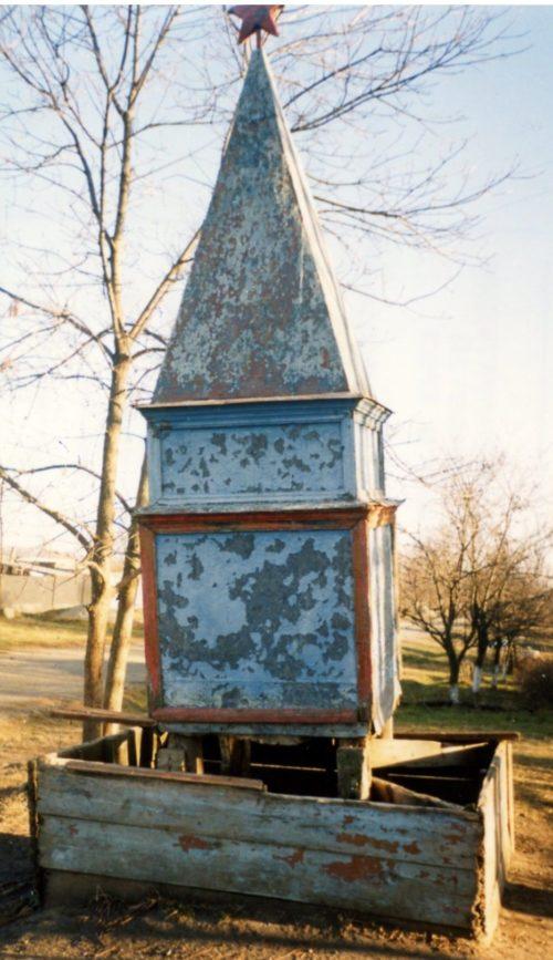ст-ца. Чамлыкская Лабинского р-на. Братская могила советских воинов, погибших в боях с фашистскими захватчиками.