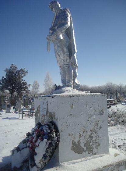 ст-ца. Андреевская Калининского р-на. Памятник на братской могиле советских воинов.