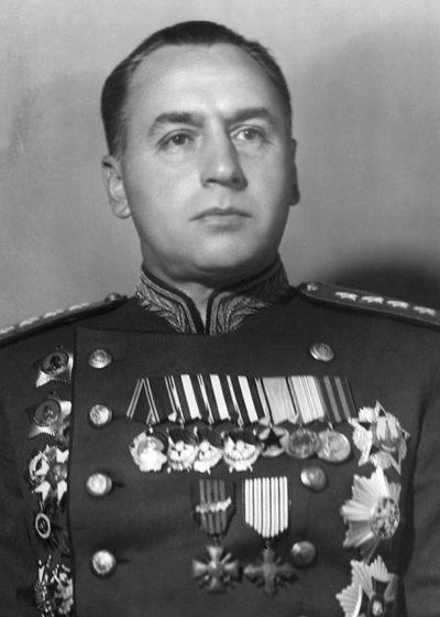 Генерал армии Антонов.