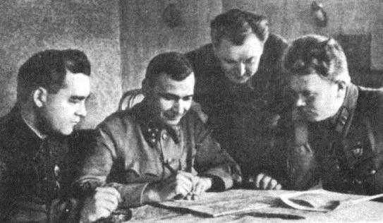 М.А. Бурмистенко, М.П. Кирпонос, А.И. Кириченко, Е.П. Рыков. Август 1941 г.