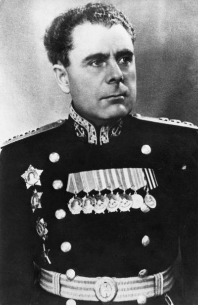 Головко Арсений Григорьевич (23.06.1906—17.05.1962)