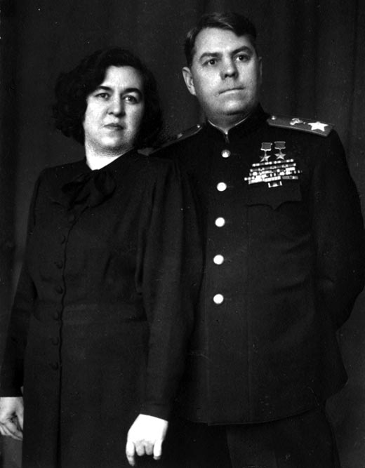 Маршал Василевский и жена Екатерина. 1946 г.