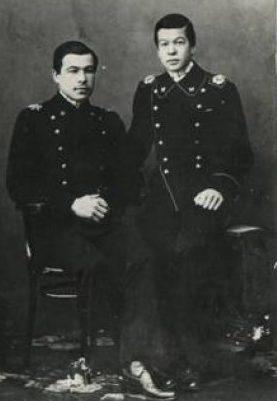 Студенты Леонид Говоров (слева) и его брат Николай. Петроград, 1916 г.