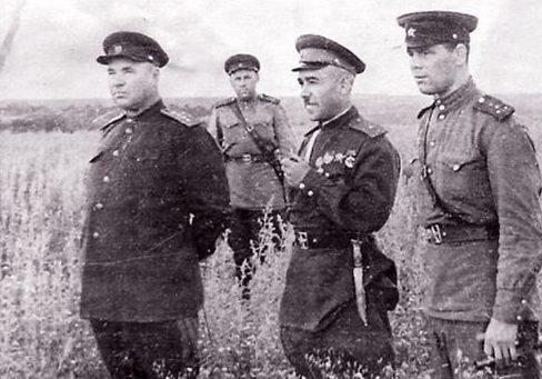 Апанасенко на фронте. 1943 г.