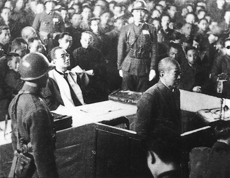 Подсудимый Хисао Тани на судебном заседании Нанкинского трибунала.