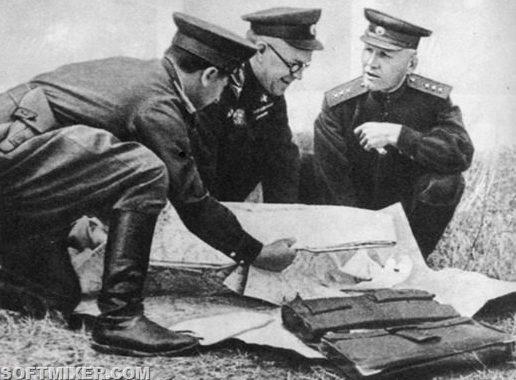Г.К. Жуков и И.С.Конев на Курской дуге. Июль 1943 г.
