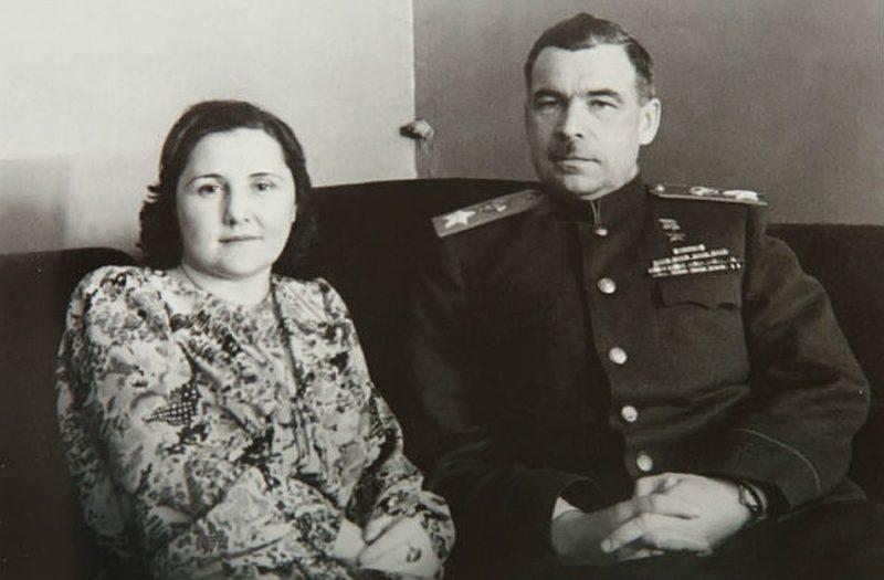 Говоров с женой. 1945 г.