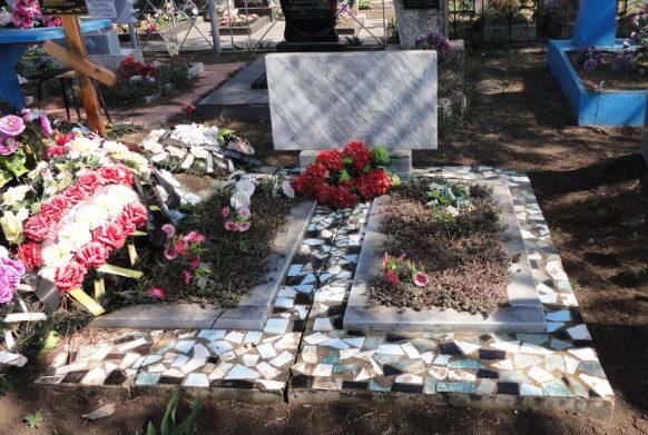 ст-ца. Новоджерелиевская Брюховецкого р-на. Братская могила советских воинов, погибших в годы войны.