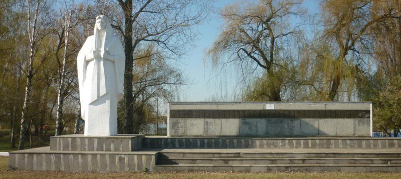 ст-ца. Родниковская Курганинского р-на. Мемориал погибшим землякам.