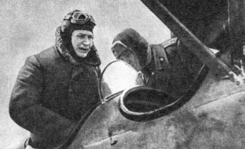 Конев перед вылетом на командный пункт фронта. 22 февраля 1944 г.