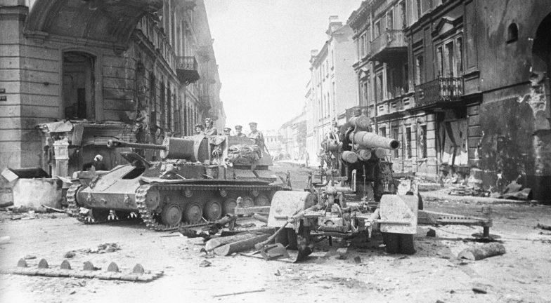 Красная Армия входит в Вильнюс. Июль 1944 г.