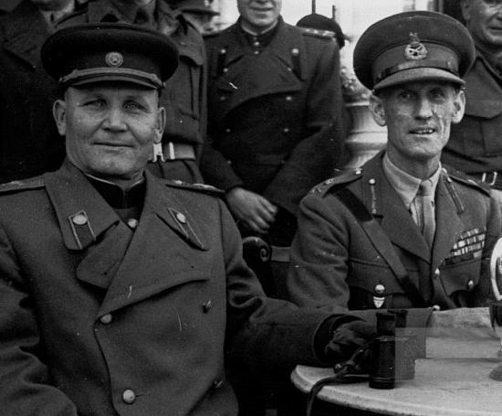 Конев в Дрездене. 1945 г.