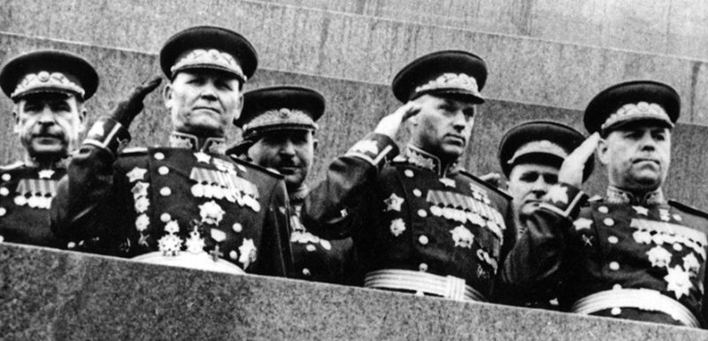 Конев на Мавзолее. 1945 г.