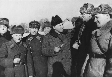 Награждение Власова. 1942 г.