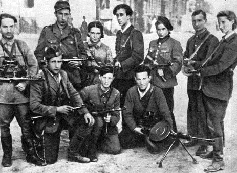 Подпольщики Вильнюсского гетто. Июль 1944 г.