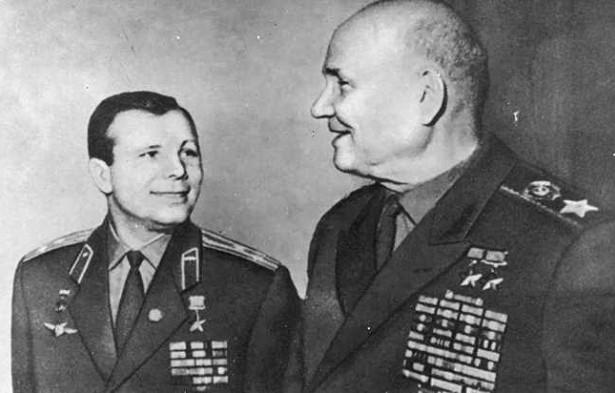 Гагарин и Конев. 1961 г.