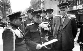 Берзарин в Берлине. 1945 г.