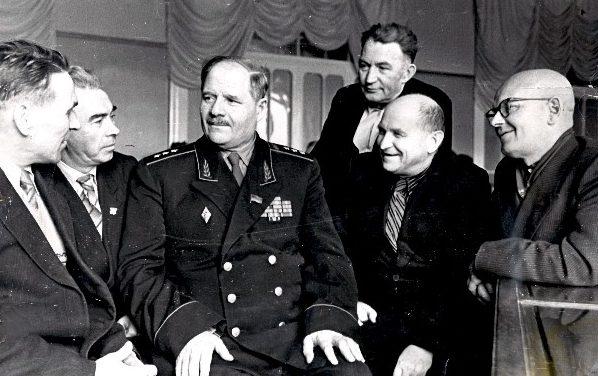 Болдин на встрече с ветеранами Тульского рабочего полка. Декабрь 1958 г.
