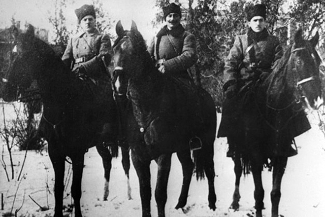 Климент Ворошилов, Семен Буденный и Сергей Мини. 1918 г.