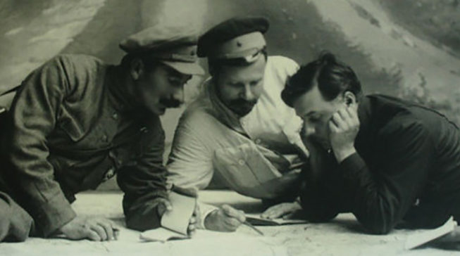 Семен Буденный, Михаил Фрунзе и Климент Ворошилов. 1923 г.