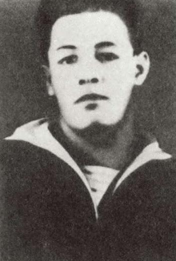 Николай Кузнецов - курсант 2-го курса Военно-морского училища. 1923 г.