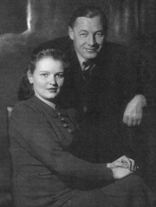 Кузнецов с женой Верой. 1941 г.