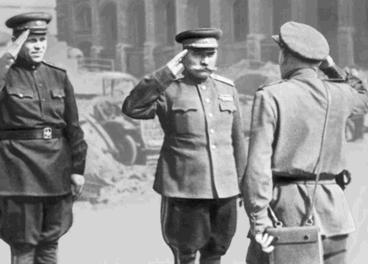 С. M. Буденный в Берлине. Май 1945 г.