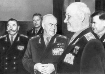 Буденный с Г. К. Жуковым, И. С. Коневым на XX съезде КПСС. 1956 г.