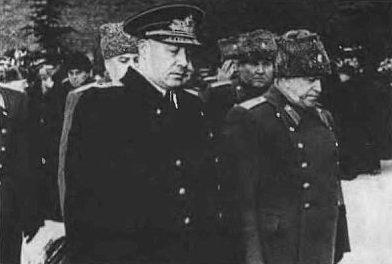 Кузнецов и Жуков на похоронах Сталина. 1953 г.