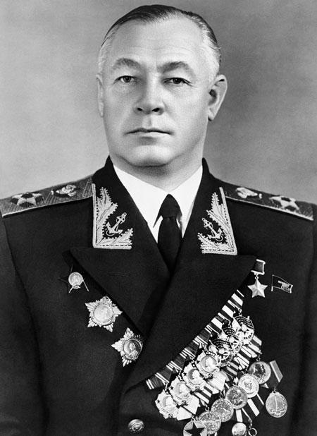 Адмирал Кузнецов. 1953 г.