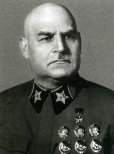 Маршал Кулик. 1942 г.