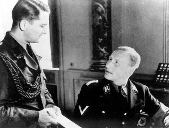 Альфред Науйокс и Рейнхард Гейдрих. 1939 г.