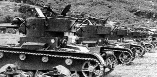 Танки «Т-26» с китайскими опознавательными знаками.