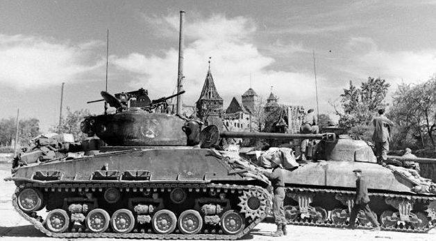 Американские танки в Нюрнберге.
